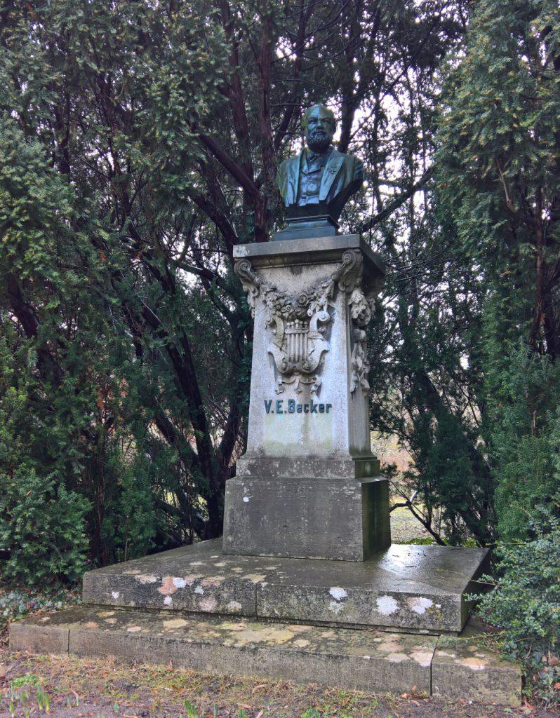 Denkmal Valentin Becker